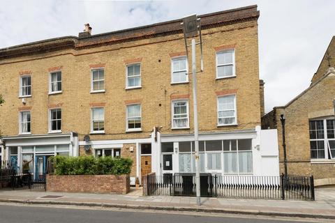 2 bedroom maisonette to rent - Bellenden Road, London