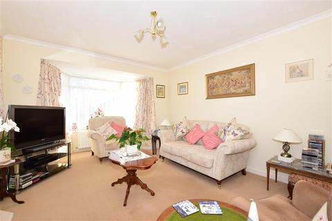 2 bedroom detached bungalow for sale - Midhurst Drive, Goring By Sea, Worthing, West Sussex