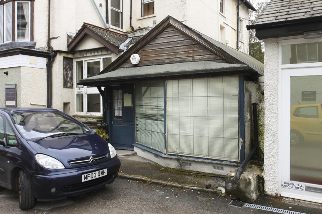 2 Bedrooms Land Commercial for sale in The Chalet, Bank Terrace, Bowness-On-Windermere, LA23 3BL
