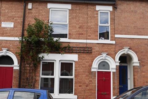 4 bedroom terraced house to rent - West Avenue Derby, DE1 3HS