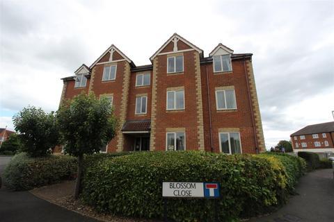 2 bedroom apartment for sale - Blossom Close, Darlington