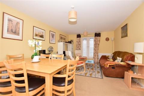 2 bedroom flat for sale - Laurel Road, Minster On Sea, Sheerness, Kent