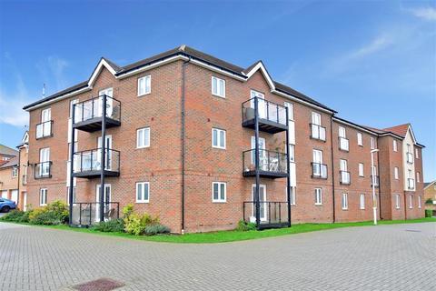 2 bedroom flat for sale - Laurel Road, Minster On Sea, Sheerness, Kent