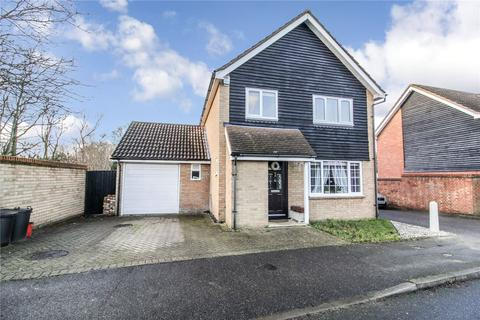 3 bedroom detached house for sale - Hoover Drive, Laindon West, Essex, SS15