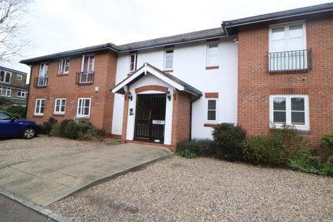 2 bedroom flat to rent - Howard Court, Enfield, EN2