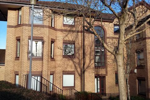 2 bedroom flat to rent - Riverside Gardens, Busby G76
