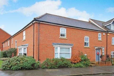 3 bedroom terraced house for sale - Prince Rupert Drive, Aylesbury, Buckinghamshire