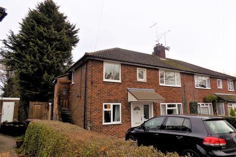 2 bedroom maisonette to rent - Ratcliffe Road, Farnborough