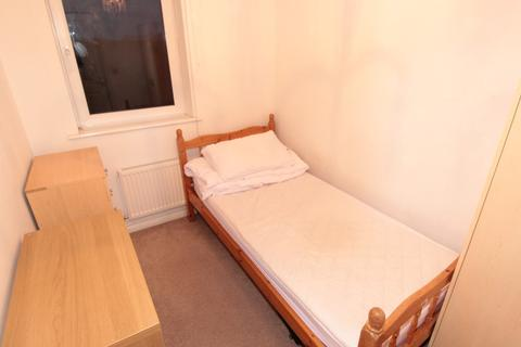 1 bedroom house share to rent - Meadow Way, Caversham