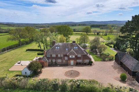 7 bedroom detached house for sale - Byworth, West Sussex