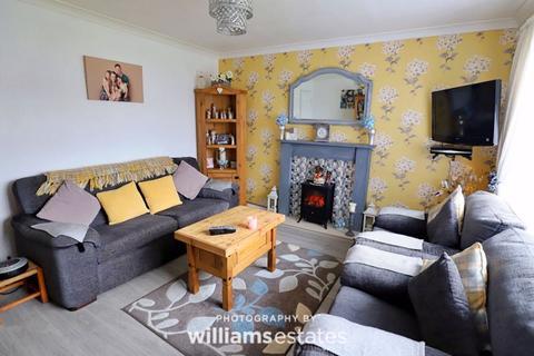 2 bedroom semi-detached bungalow for sale - Penley Avenue, Prestatyn