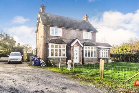 3 bedroom equestrian property for sale - Billingshurst Road, Horsham
