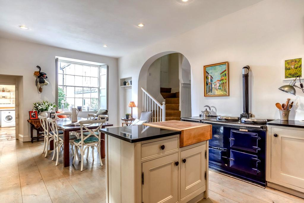 A Beautiful Country House In Devon Which You Can Virtually Walk Round From The Comfort Of Your Home Country Life