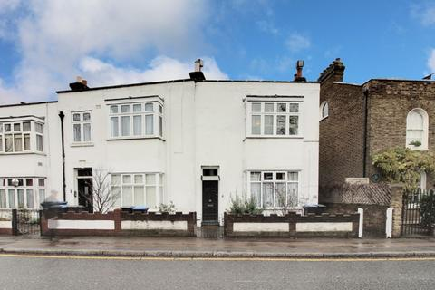 2 bedroom maisonette for sale - Chase Side, Enfield