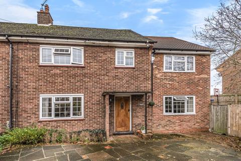 5 bedroom semi-detached house for sale - Torrance Close, Hornchurch, RM11