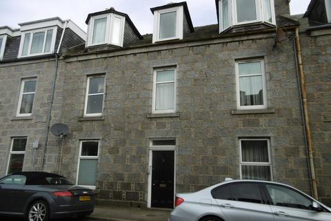Studio to rent - 5 (First Floor Right) Rosebank Place, Aberdeen AB11 6XN