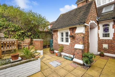 3 bedroom maisonette for sale - Churchfields Road, Beckenham, BR3
