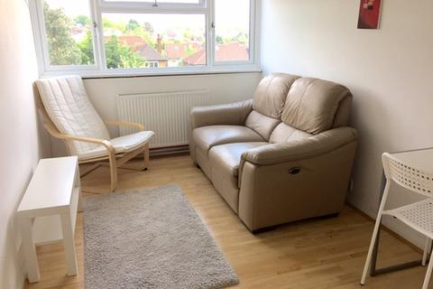 1 bedroom flat to rent - Exeter Road, Southgate