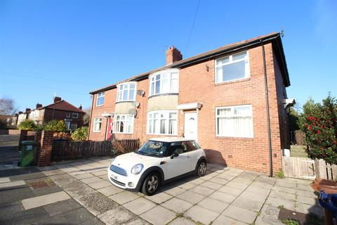 2 bedroom flat to rent - Wych Elm Crescent, High Heaton, Newcastle upon Tyne
