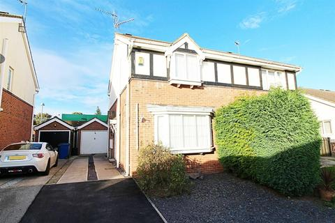 3 bedroom semi-detached house for sale - Legion Close,Brough