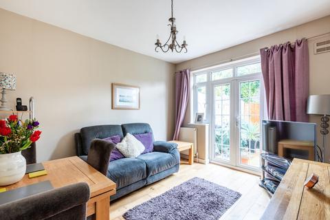 2 bedroom semi-detached bungalow for sale - Devon Close, Kenley