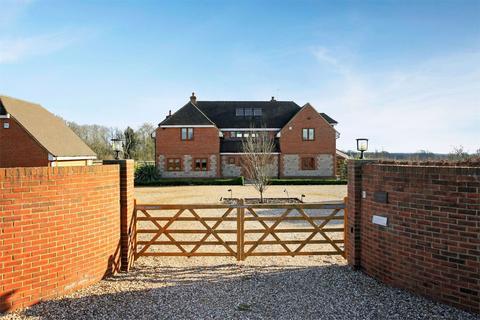 5 bedroom detached house for sale - Soldridge Road, Medstead, Alton, Hampshire, GU34