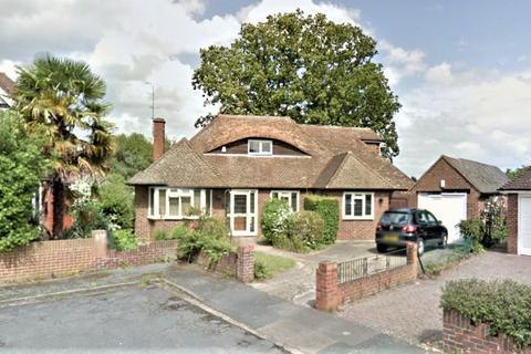 5 bedroom detached bungalow for sale - Hamilton Gardens, Burnham