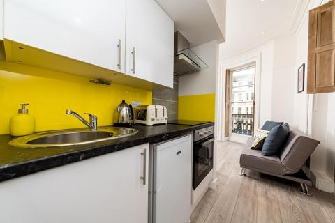 Studio to rent - St James Street, Brighton, BN2