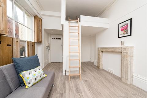 1 bedroom apartment - St James Street, Brighton, BN2