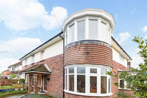 2 bedroom flat for sale - Chesham Close, Goring By Sea, West Sussex, BN12 4BJ
