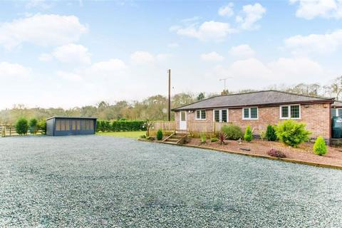2 bedroom bungalow for sale - Northwood Lane, Bewdley, DY12