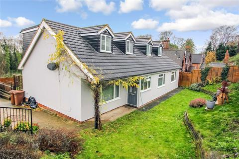 5 bedroom detached house for sale - Rochester Road, Cuxton, Rochester, Kent, ME2