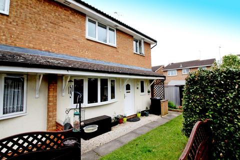 2 bedroom terraced house to rent - Marley Fields, Leighton Buzzard, LU7 4WJ