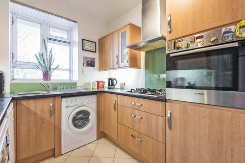 1 bedroom flat for sale - Strasburg Road, Battersea Park