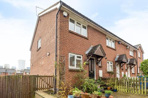 2 bedroom terraced house for sale - Lavender Road, Surrey Quays