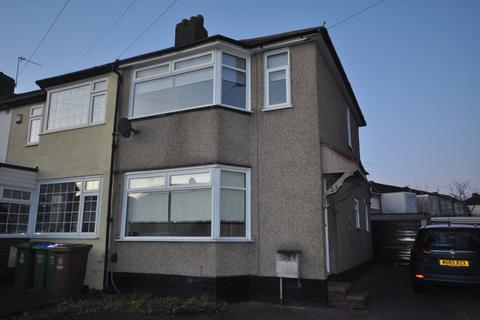 3 bedroom semi-detached house to rent - Radnor Avenue Welling DA16
