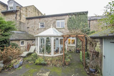 4 bedroom terraced house for sale - St Helens Street, Corbridge