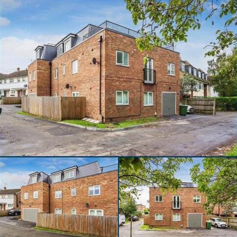 1 bedroom flat to rent - 222 Portsmouth Road, Cobham, Surrey, KT11 1HS