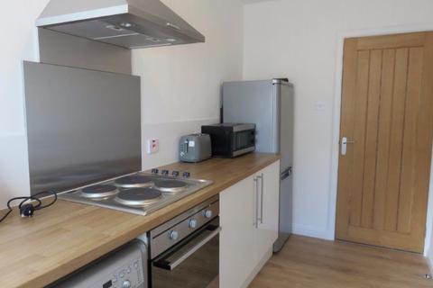 3 bedroom flat to rent - Laburnum Walk, , Aberdeen, AB16 5EL