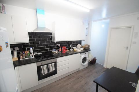2 bedroom flat to rent - Momus Boulevard, Coventry, CV2 5NB