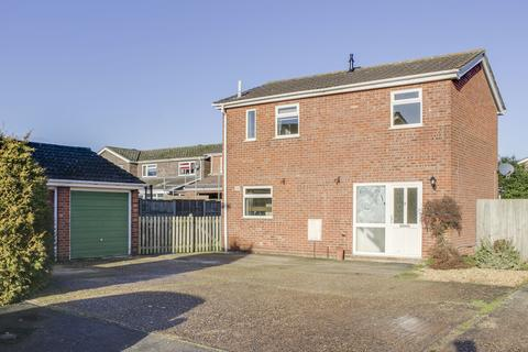 3 bedroom detached house for sale - Meadow Close, Little Paxton, St. Neots