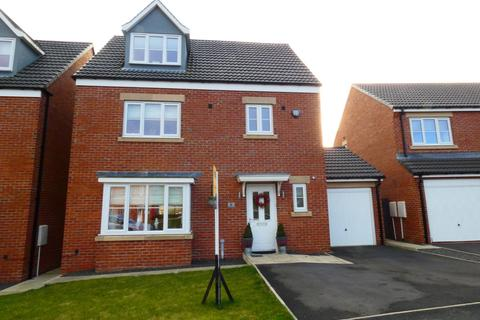 4 bedroom detached house for sale - Akenshaw Drive, Seaton Delaval