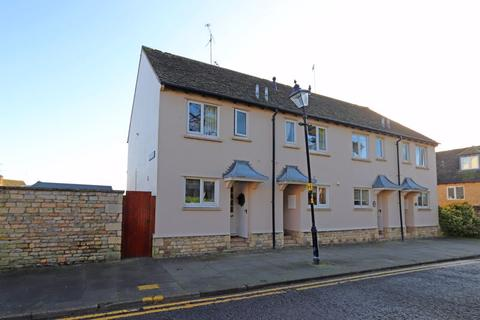 2 bedroom townhouse to rent - Warrenne Keep, Stamford
