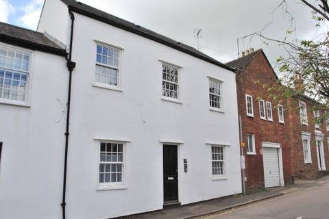 1 bedroom flat to rent - CLOSE TO STATION