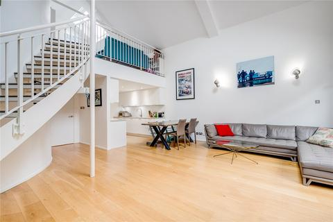 3 bedroom flat for sale - Brook Mews North, London, W2