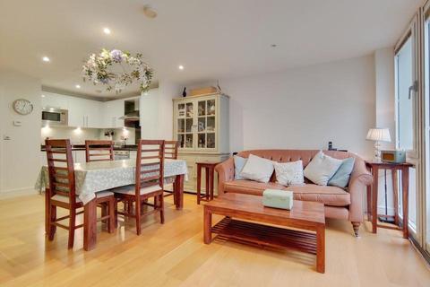 2 bedroom flat for sale - Lett Road, London SW9