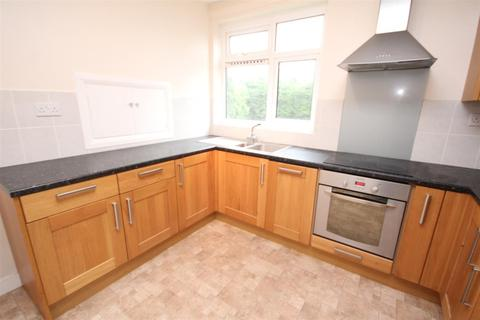 4 bedroom house to rent - Shepherds Hill, Guildford