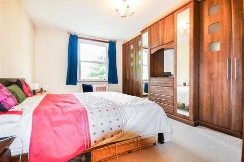 2 bedroom flat to rent - Melbury Gardens