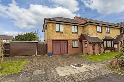 5 bedroom end of terrace house for sale - Douglas Mews, Banstead