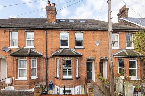 3 bedroom terraced house for sale - Testard Road, Guildford